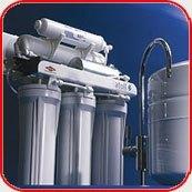 Картинка. Установка фильтра очистки воды в квартире, коттедже или офисе в Волжском
